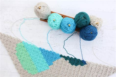 yarn keeper pattern how to change colors in corner to corner crochet
