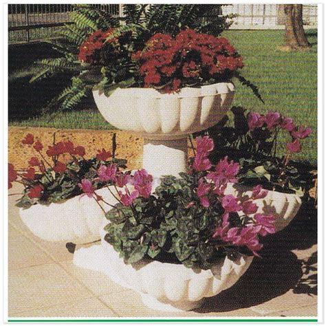 vasi da giardino grandi dimensioni vasi grandi da giardino i nuovi materiali permettono di
