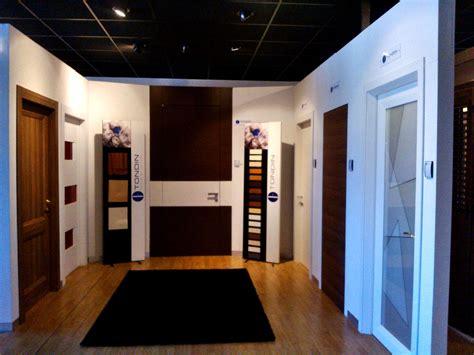 showroom porte showroom infissi porte e serramenti tecnoalluminio
