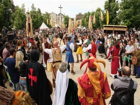 provins medieval festival event  provins