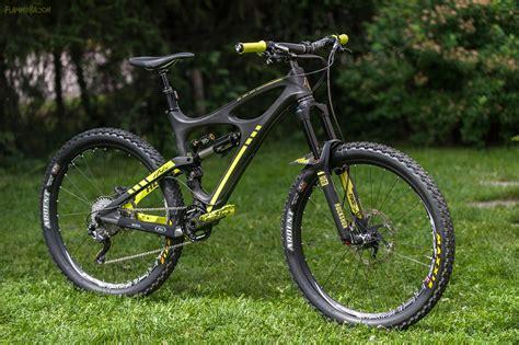 Ibis Background Check Ibis Mojo Hdr Black Yellow Flamingbacon S Bike Check Vital Mtb