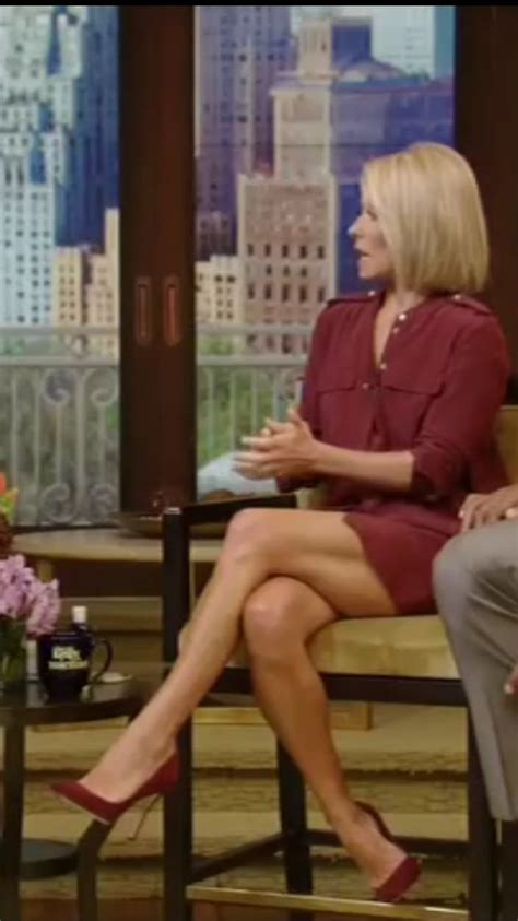how does kelly ripa get the bends in her hair pin by frank the tank on kelly ripa 10 pinterest