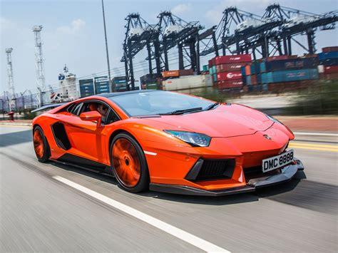 Speeding Lamborghini Lamborghini Aventador Lp900 4 High Speed Wallpaper