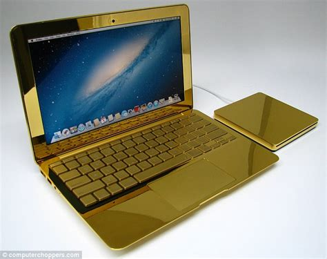 Laptop Apple Macbook Gold the ultimate midas touch the 24 carat gold macbook pros complete with apple logos a