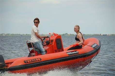 snelheid speedboot speedboot huren in friesland