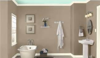 Color Ideas For Bathroom Walls Bathroom Wall Color Sea Lilly By Valspar Home Style