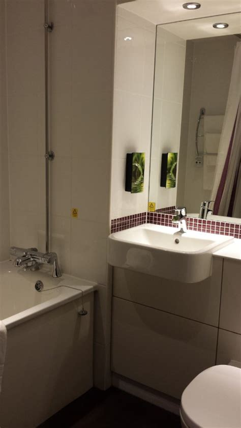 premier bathrooms reviews premier inn southton eastleigh hotel updated 2018