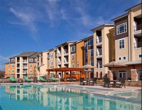 3 bedroom apartments waco tx luxe at 1300 rentals waco tx apartments com