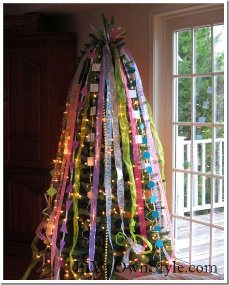 how to decorate a christmas tree with ribbons in my own