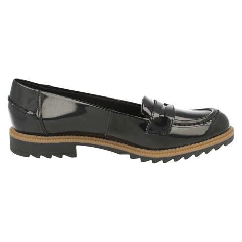 loafer flat shoes clarks smart slip on loafer flat shoes griffin