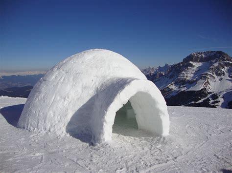igloo house file un igloo ma non siamo in alaska ma nei pressi della