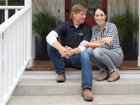 chip and joanna gaines facebook fixer upper behind the design hgtv