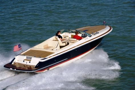 corsair boat new chris craft corsair 27 power boats boats online for