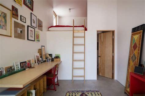 Impressionnant Art Et Decoration Salle De Bain #6: lit-mezzanine-adulte-petit-appartement.jpg