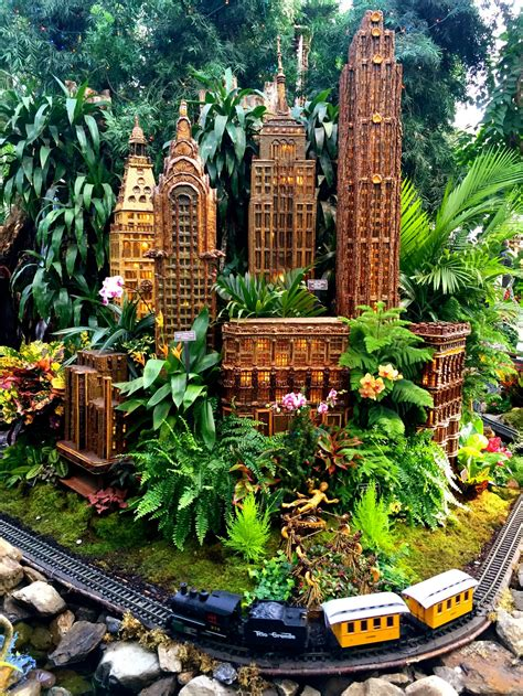 New York Botanical Garden S Holiday Train Show New York Botanical Garden Show