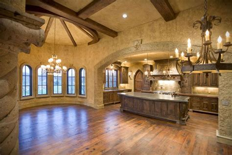 Tuscan Home Interiors by Best 25 Tuscan Style Homes Ideas On