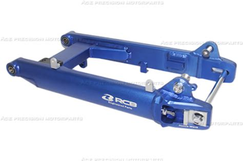swinging arm swing arm