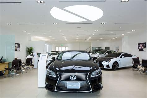 lexus showroom analysing car showroom design by al futtaim interiors