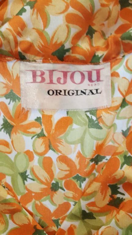 Stelan L Orange Print Flower 1960s orange floral print dress for sale at 1stdibs