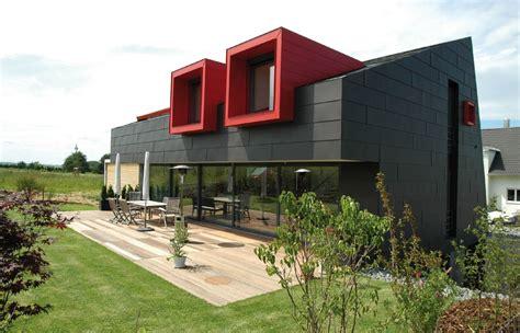 moderne hausfassaden fotos moderne hausfassade in grau und rot bauemotion de
