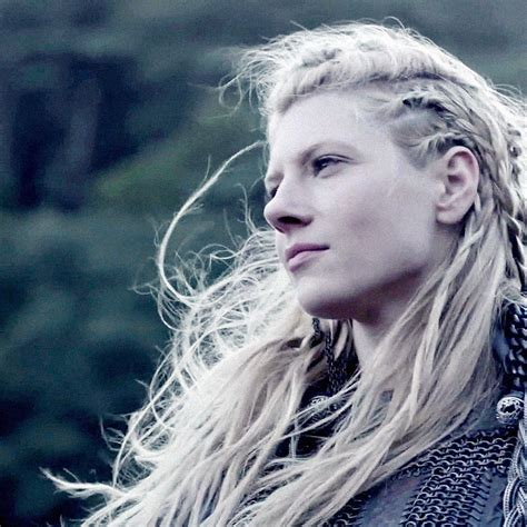 how to do hair like lagatha lothbrok lagertha lothbrok lagertha and december on pinterest