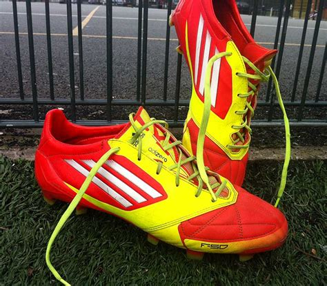 top 10 football shoes best soccer cleats in the world top ten