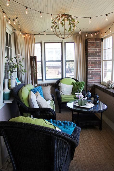 enclosed front porch decorating ideas trend mode of home bachmans ideas house itsy bits and pieces this blogger