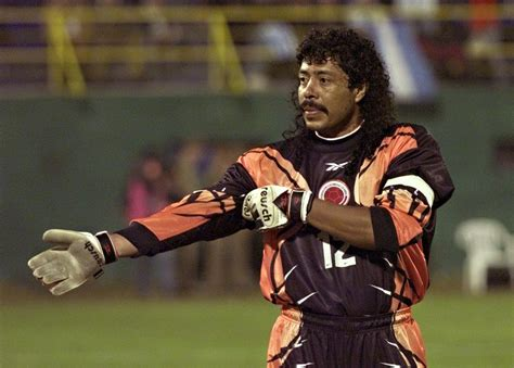 burgos portiere things you only see once in football higuita s scorpion