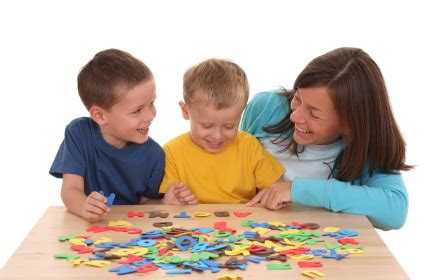 paying nanny the table find a nanny nanny reviews tips information