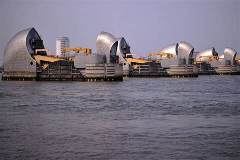 thames barrier article counter terror police fear an attack on thames barrier as