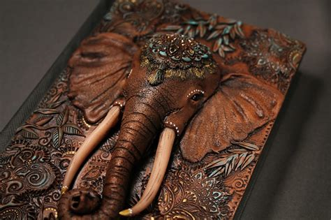 Handmade Tale - artist quits to craft beautiful handmade tale