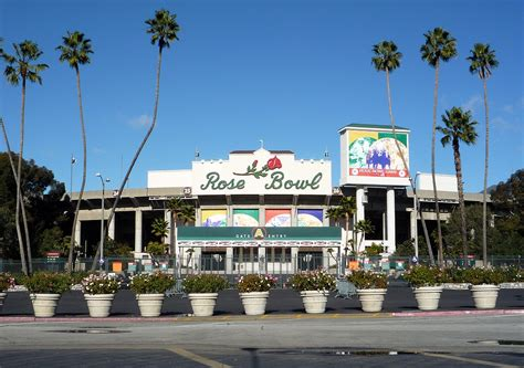 what do american in california rose for new year bowl stadium