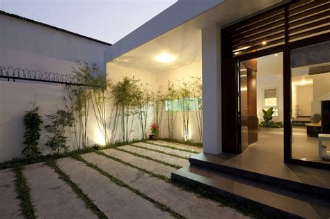 urban modern design urban vietnamese house garden kitchen dining and