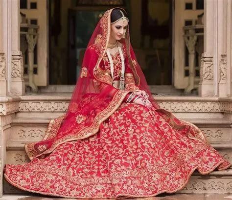 Where do I find bridal lehengas in Mumbai?   Quora