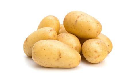 cucinare le patate al microonde patate al microonde metodi e tempi di cottura per