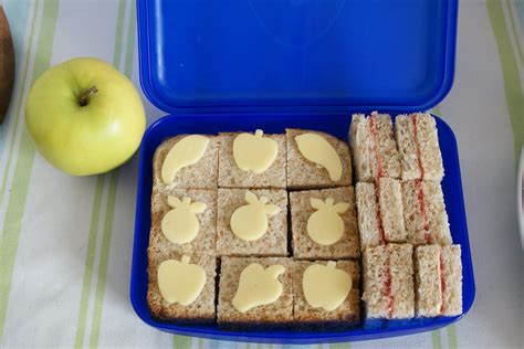 Sarapan Pagi Berbahan Roti bentocantik makanan sehat buat anak
