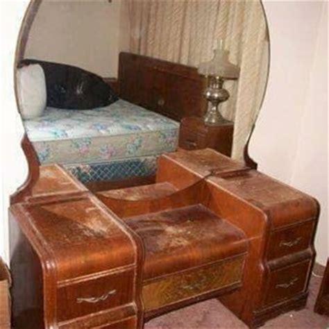 1940s Bathroom Design antique vanity dresser with round mirror universalcouncil