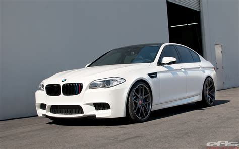 What Do Colors Mean by Frozen White Vorsteiner M5 With Carbon Fiber Intake
