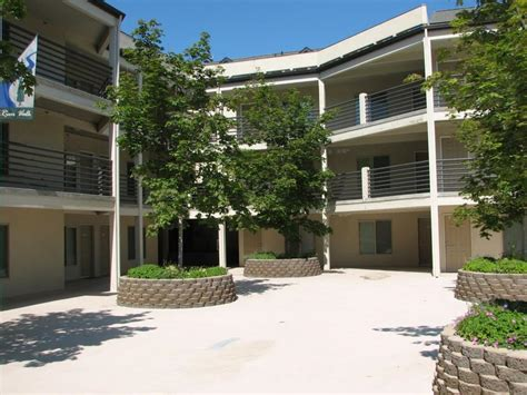 2 Bedroom River Walk Apt Downtown Apartments For Rent | river walk apartments boise city id walk score