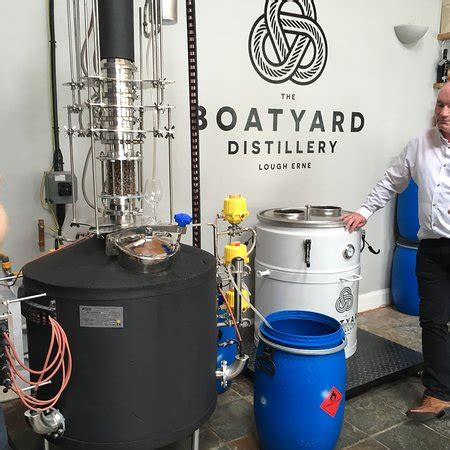 the boatyard distillery the boatyard distillery enniskillen nordirland omd 246 men