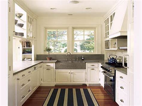 Kitchen : Small House White Kitchen How to Designing a