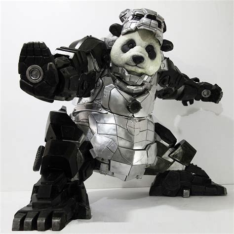 the iron panda statue in iron armor protects china