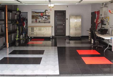 Racedeck Garage Flooring Reviews by Racedeck Flooring Review A Garage With Racedeck Pro
