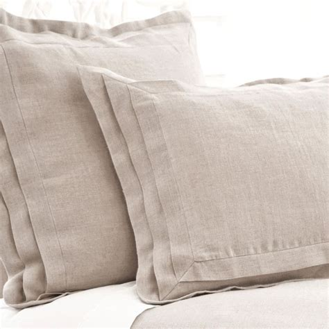 Pillow Sham Ideas by 25 Best Ideas About Pillow Shams On Farmhouse Pillowcases And Shams Tropical