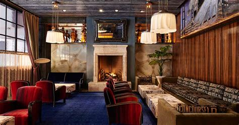 Bars With Fireplaces by Warm Up This Winter At These Bars With Fireplaces In Nyc