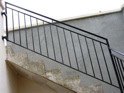 ringhiera ferro battuto prezzo ringhiera in ferro battuto per scale 2 cancelli ferro