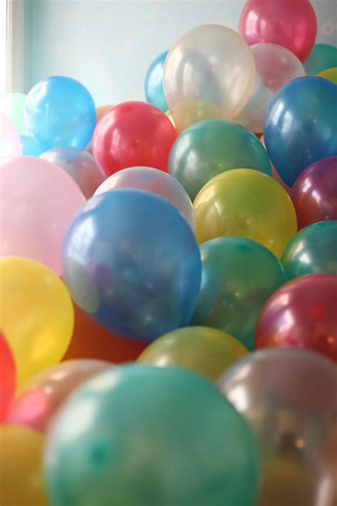 how many balloons to fill a room mighty fill a room with balloons mighty