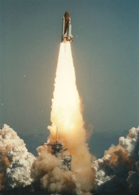 what happened in the challenger disaster forgotten photographs reveal challenger disaster as