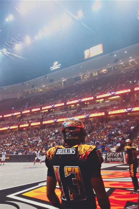 arena football honda center afl la this s gonna snap