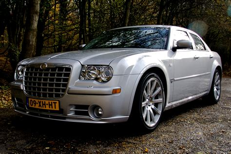 chrysler 300c 2004 chrysler 300c srt8 related infomation specifications